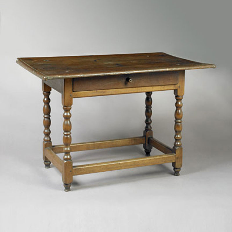 Early Queen Anne Tavern Table • Jeffrey Tillou Antiques