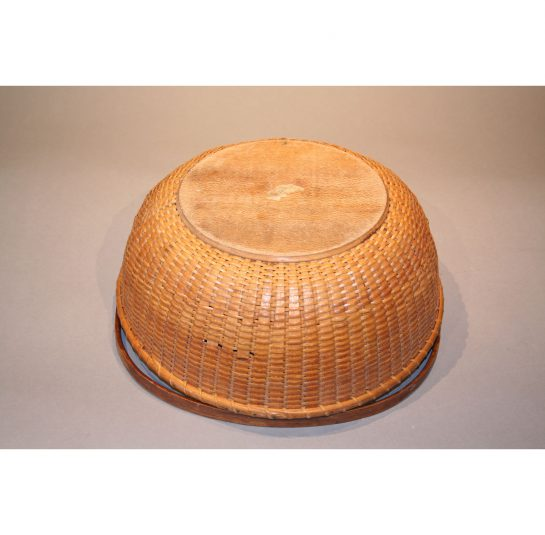 Rare Nantucket Gathering Basket