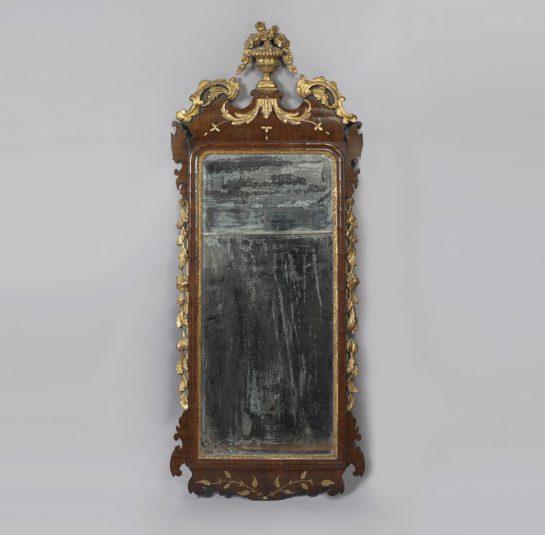 Chippendale Parcel Gilt Mirror