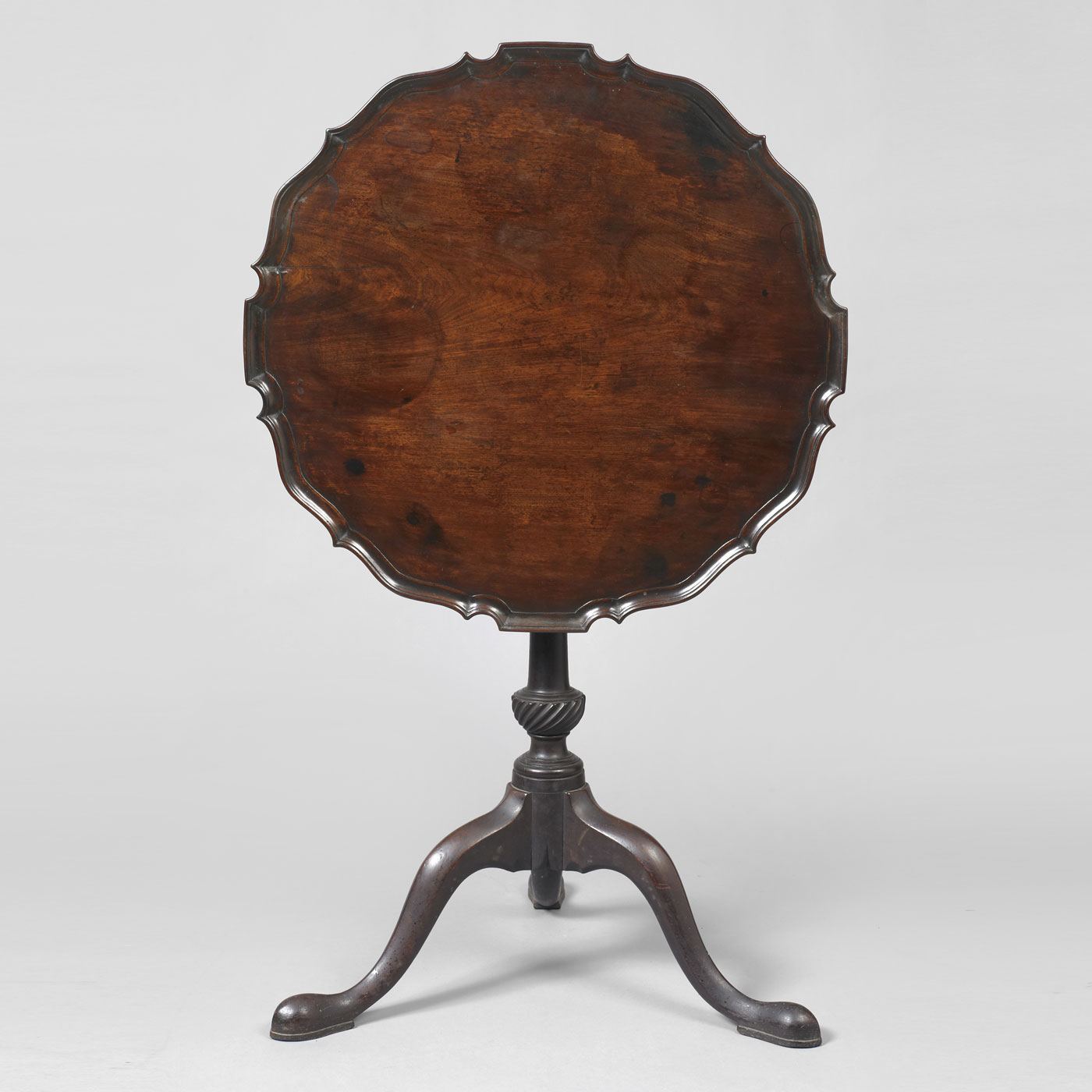Chippendale Pie Crust Tilt Top Tea Table